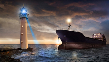 Image perspective that displays a lighthouse & a ship - M.E.N.  motto persona